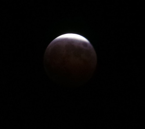 20141008_lunar-eclipse-1