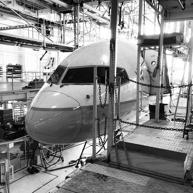 757 in the hangar #sfofamilyday2014