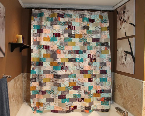 Brick Quilt Pattern Shower Curtain Tutorial
