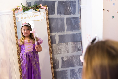 DIY Princess Mirror