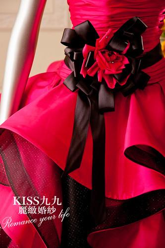 高雄KISS九九麗緻婚紗-推薦婚紗禮服-限量訂製款6 (2)