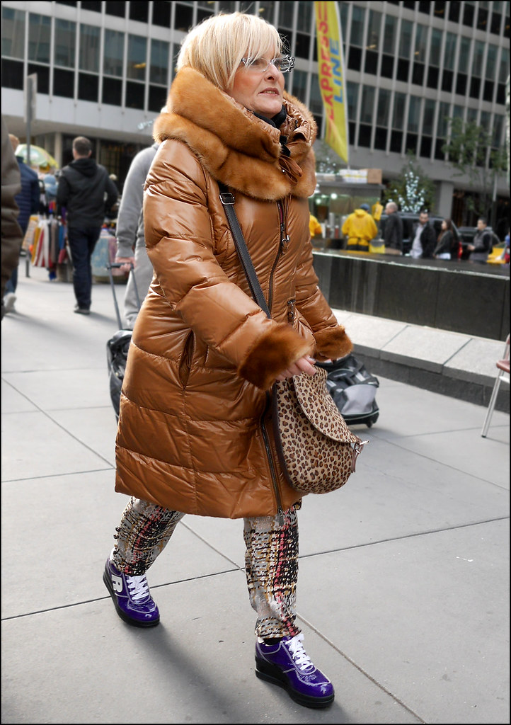 SS11-14 4w long brown coat fur collar and cuffs purple shoes multi color pants_edited-2