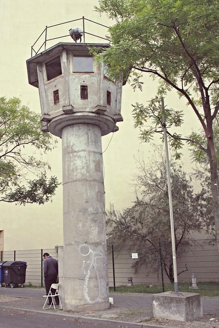 Vanha itäsaksalainen vartiotorni, Itä-Berliini