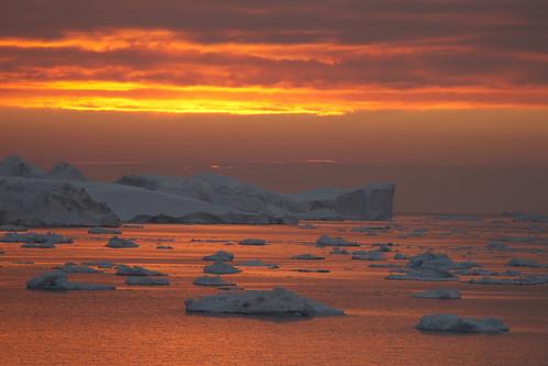 sunset arctic greenland icebergs ilulissat ilulissaticefjord ilulisat