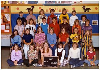 Class Picture - 6th Grade, Hayward School