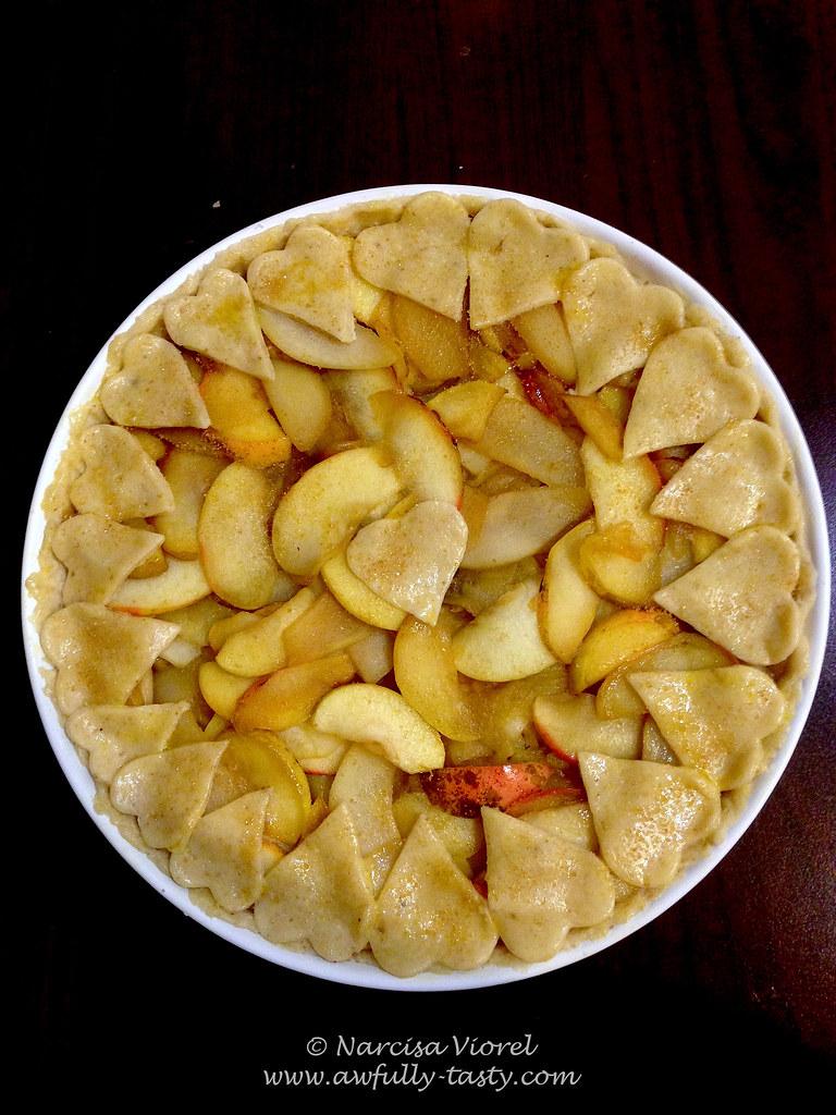 tarta cu mere si pere in aluat cu nuci