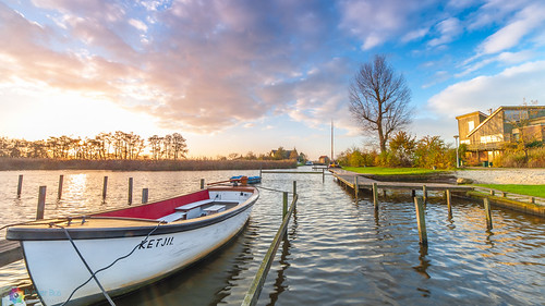morning light lake colour water sunrise landscape landscapes boat colours goldenhour leekstermeer cnossen