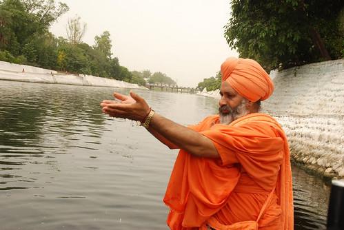 संत सीचेवाल के मेहनत से साफ हुई नदी