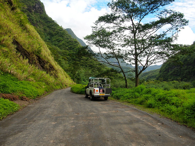 4x4 tour of Tahiti