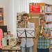 Bücherturm-Präsentation in Oberweiden. Fotorecht: Öff. Bibliothek der Gemeinde Weiden/March