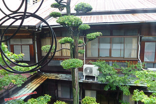P1060352 Desde la ventana de la habitacion del Kashima Honkan  (Fukuoka) 12-07-2010 copia