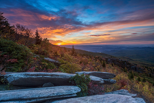 mountains fall clouds sunrise northcarolina appalachian blueridgeparkway blueridge grandfathermountain brp roughridge ourstate visitnc