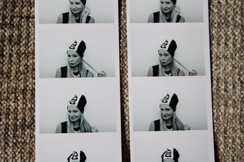alexander-wang-H&M-photobooth