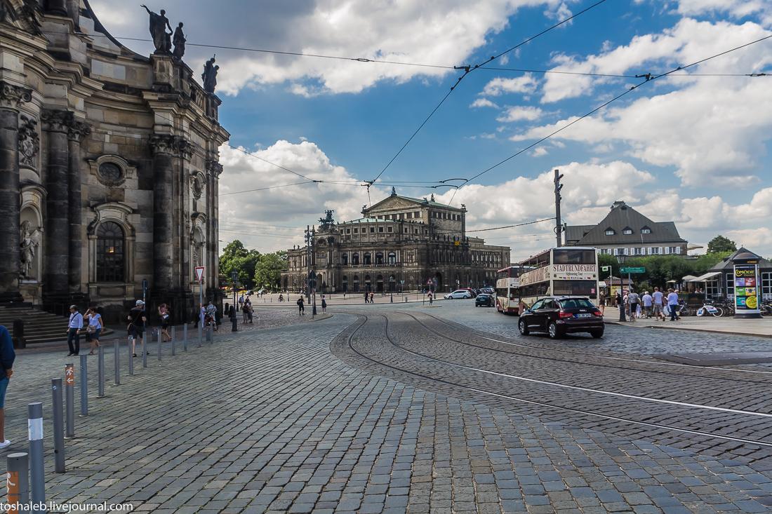 Дрезден-65