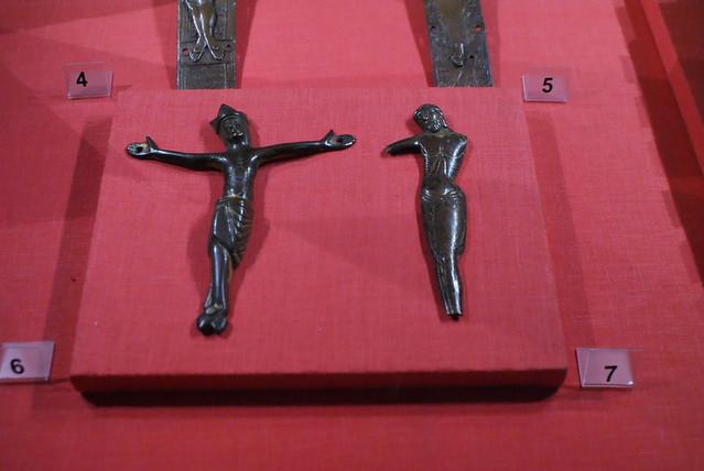 Présentation des crucifix