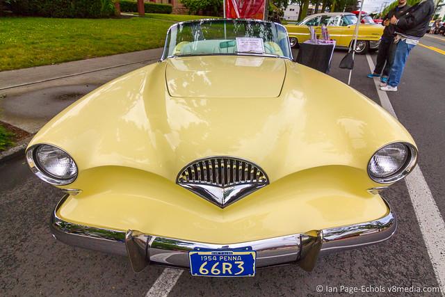 Yellow 1954 Kaiser Darin KF-161 Roadster Front