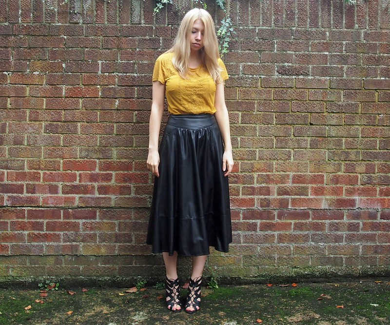 AW14, High-Waisted, '70s, How to Wear, Outfit Ideas, Styling Inspiration, Sam Muses, UK Fashion Blog, London Style Blogger