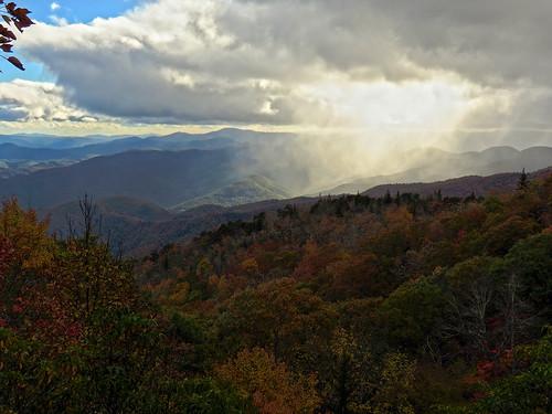 landscape northcarolina blueridgeparkway westernnorthcarolina southernappalachians greenknoboverlook canonpowershotsx40hs
