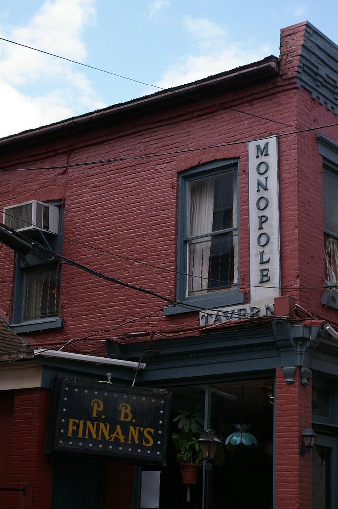 Monopole Gallery