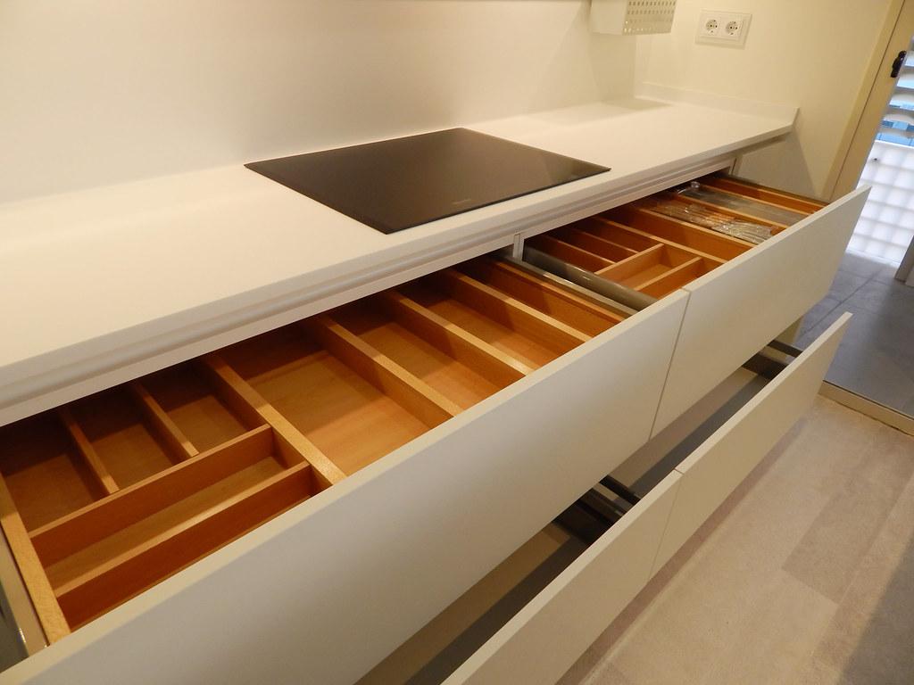 Muebles de cocina acabado soft - Cajones para cocinas ...