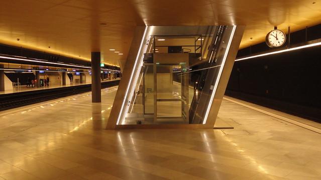 Aufzug in Zürich HB