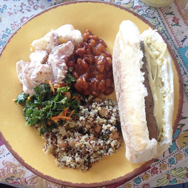 4th of July: field roast sausage, chickpea and zucchini quinoa salad, balsamic kale salad, potatoe salad and baked beans #vegan #veganfoodshare #vegansofig #whatveganseat #veganblogger