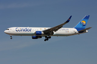 """Condor (Thomas Cook) Boeing 767-330/ER  D-ABUH  """"The Peanuts"""" special colours"""