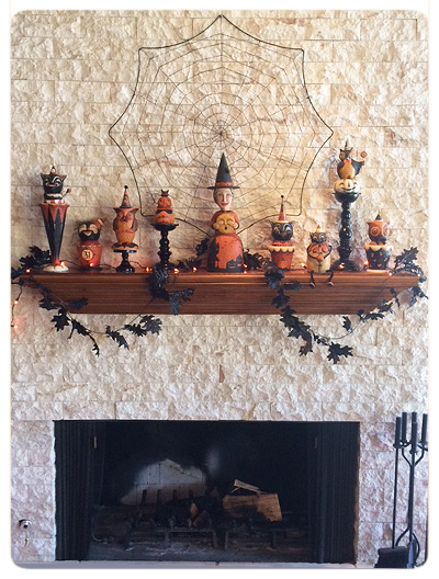 Jody's-Photo-Halloween-Mantel-collection