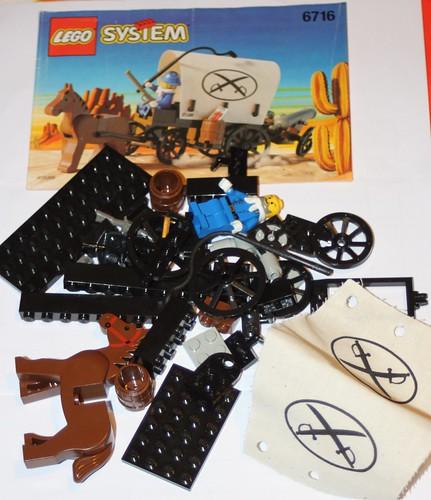 6716_LEGO_Western_Chariot_01