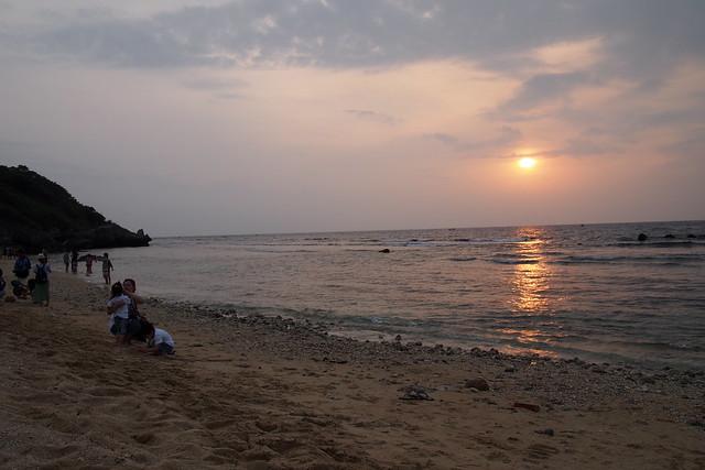 陳情團體表示,小琉球珍貴的潮間帶在近幾年大量遊客踐踏下,已面臨枯竭危機。攝影:李育琴。