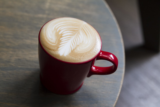 Ecole Cafe latte
