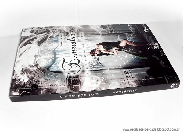 Resenha, livro, Esmeralda, Cida dos Santos, Editora Arwen, box, poesia, romance