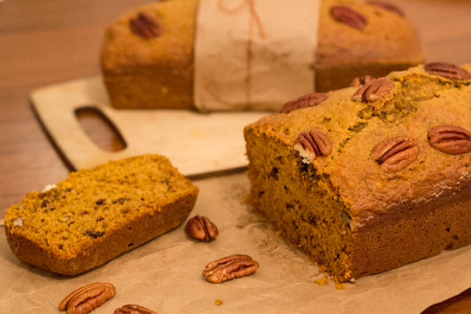 pumpkin pecan bread-5
