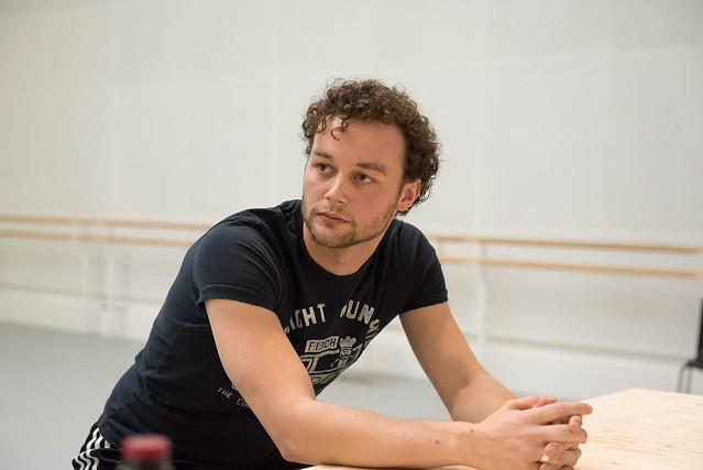 Liam Scarlett in rehearsal for The Age of Anxiety ©ROH. Bill Cooper 2014.