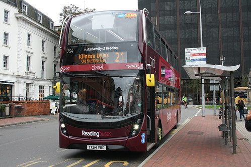 Reading Buses 754 (YX64 VRO) on Route 21, Reading Station