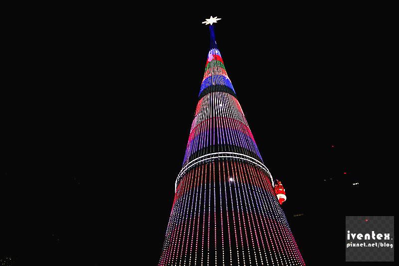31刀口力2014新北市歡樂耶誕城新北市市民廣場耶誕樹.