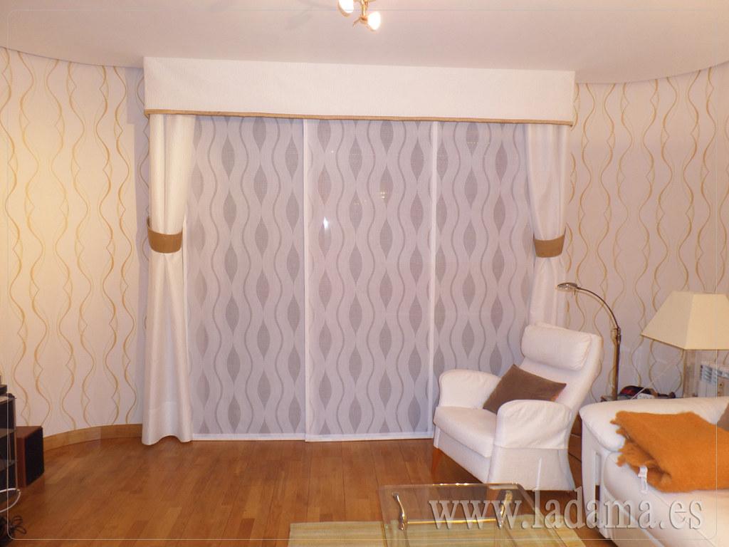 Fotograf as de cortinas en salones cl sicos la dama - Estores con bando ...