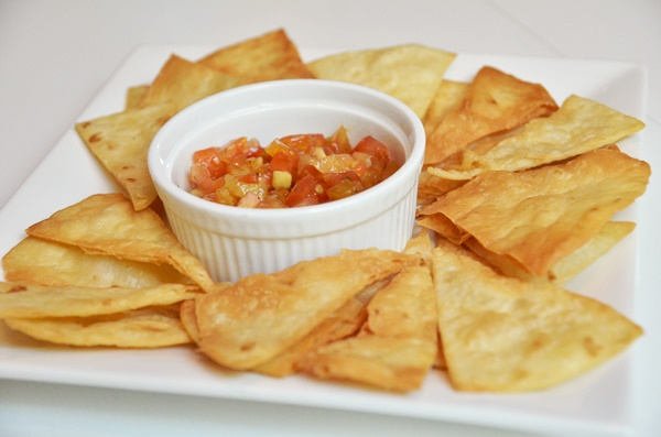Salsa & Cheese Nachos