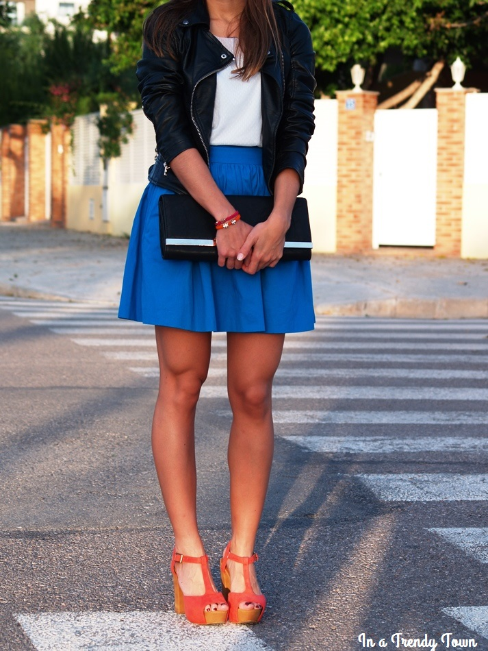 Outfit: Blue skirt