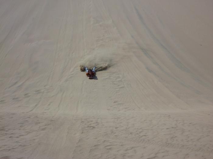 sandboard Huacachina