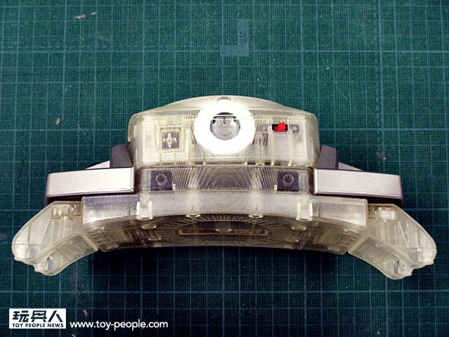假面騎士Decade 腰帶複製品「DECADRIVER 」設計原型曝光