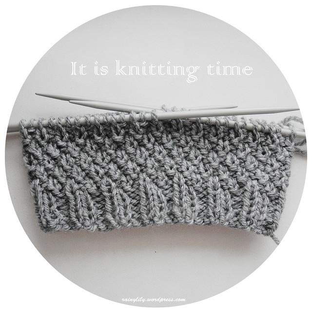 knitting time1