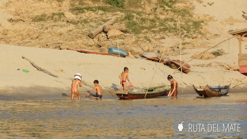 Slow Boat Luang Prabang Laos (1)