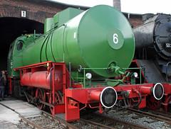 Fireless steam locomotives