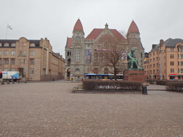 Helsinki - Plaza de la Estación