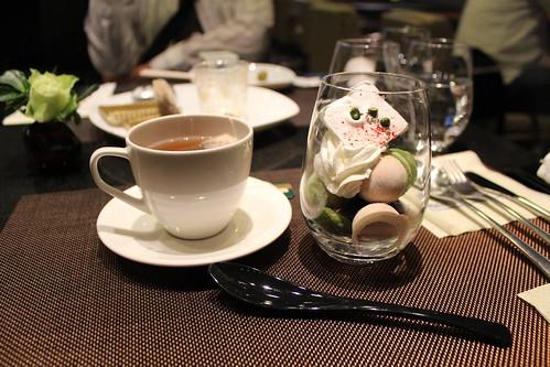 DINING h_抹茶パフェ