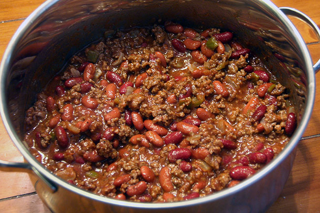 Chili-with-meat-in-pot