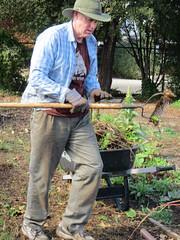 agriculture(0.0), beekeeper(0.0), lawn(0.0), farm(1.0), garden(1.0), soil(1.0), tree(1.0), gardener(1.0), farmworker(1.0),