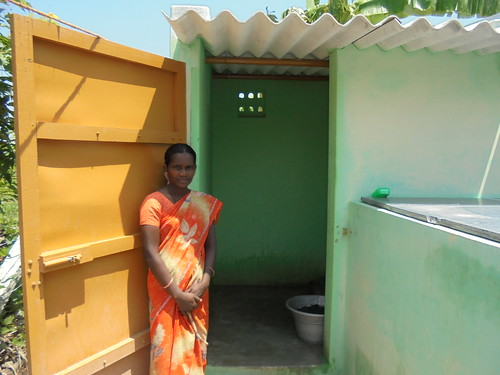 Women prefer toilets with attached bathrooms