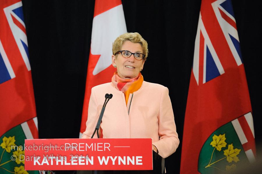 Premier Wynne scrum 2014-10-10-139